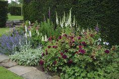 Gertrude Jekyll Borders | gardenpins.comgardenpins.com