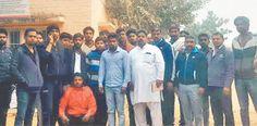 फरीदाबाद से गुड़गांव गोमांस की तस्करी करते 19 तस्कर पकड़े गए। पढ़िए पूरी खबर.... http://www.haribhoomi.com/news/haryana/faridabad/beef-smuggler-cought-in-faridabad/37024.html #Smugller #Arrest #Haryana