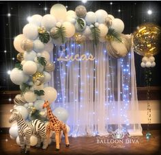 Fern: 60 inspirations to plant the plant in decoration - Home Fashion Trend Baby Shower Giraffe, Baby Shower Balloons, Baby Shower Parties, Baby Shower Decorations For Boys, Birthday Party Decorations, Deco Ballon, Baby Shower Themes Neutral, Baby Shower Princess, Birthday Design
