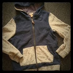 Adorable kids Mossimo Jacket Nwot Full zip hoodie. Absolutely adorable colors. Denim with marled grey sleeves and pockets. Size M/M 8/10. Mossimo Supply Co Jackets & Coats