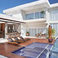 Casas de estilo moderno de ANGELA MEZA ARQUITETURA & INTERIORES
