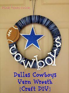 Dallas Cowboys Yarn Wreath - so cute.  But I'd be making mine a buckeyes/browns one....
