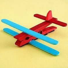 airplane from clothespins