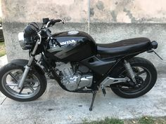 #hondacb500 Cb500 Cafe Racer, Cafe Racer Motorcycle, Honda Cb 500, Scrambler, Summer Outfits, Vehicles, Stuff Stuff, Motorcycles, Motorbikes