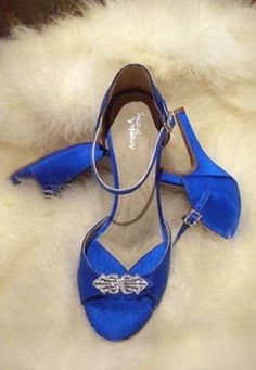 royal blue wedding shoes for bride | Royal blue wedding shoes pictures 3