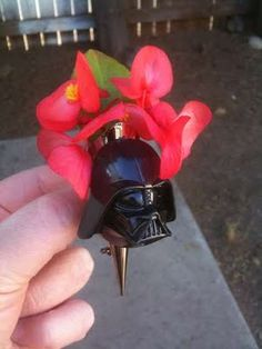 Star Wars boutonnieres! Need!!