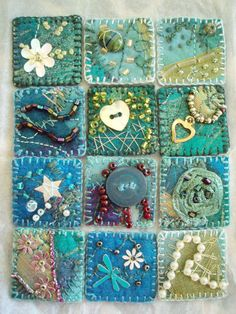 Beautiful inchies in fabric with lots of buttons and various embellishments. Embroidery Stitches, Hand Embroidery, Diy Broderie, Fabric Brooch, Fabric Postcards, Crazy Patchwork, Quilting Designs, Art Quilting, Button Art