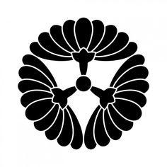 kamon with chrysanthemum blossom motif