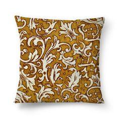 Almofada VINTAGE ORNAMENTAL de jefersoncalongana #colab55. Sofa Cushions, Throw Pillows, Tapestry, Ornaments, Home Decor, Vintage Cushions, Couch Pillows, Hanging Tapestry, Sofa Pillows
