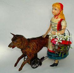 "1910 Günthermann vintage toy   (""Zirkusaffe mit Musiktrommel"") Little Red Riding Hood toy.  Germany."