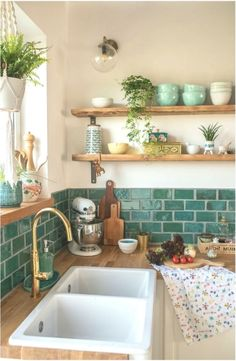 Home Decor Kitchen, Kitchen Interior, New Kitchen, Vintage Kitchen, Home Kitchens, Kitchen Black, Industrial Farmhouse Decor, Industrial Shelving, Modern Industrial