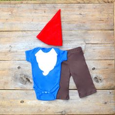{Baby Gnome Costume} *Oh my! SO cute.