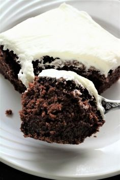 Crazy cake is so moist and delicious. A cake made from scratch. This cake is my husbands favorite.It is a heavier cake and the frosting is light and creamy. Crazy Cake Recipes, Crazy Cakes, Mini Cakes, Cupcake Cakes, Cupcakes, Buckwheat Cake, Chocolate Treats, Chocolate Cake, German Chocolate
