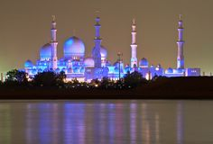 The Grand Mosque on the Arabian Gulf by Jim Boud, via Flickr