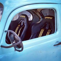 Mais uma meta concluída, bancos concha San Marino Racing, cintos de 4 pontas e os espelhos usados nos carros do Baja1000. Aos poucos tudo vai ficando como nos sonhamos!!!! #bajaoffroad  #baja1000  #bajaproject #curtambajaproject #ogrosmurfbaja #ogrosmurf #vwoffroad #vwbaja #cantareira4x2tt #4X2TT #sanmarinoracing