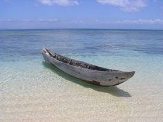 Pirogue simple Île aux Nattes, Madagascar