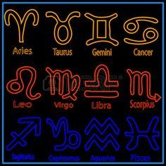 Icono establecer del zodiaco signos con firmas nombres de cada signo  Foto de archivo