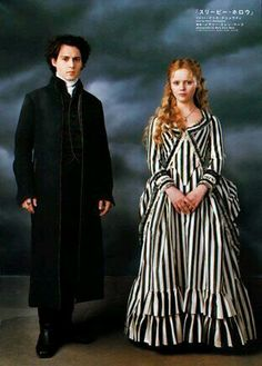 Christina Ricci and Johnny Depp from the film Sleepy Hollow. Love this Black and white striped dress Sleepy Hollow Movie, Legend Of Sleepy Hollow, Sleepy Hollow Johnny Depp, Sleepy Hollow Tim Burton, Film Tim Burton, Colleen Atwood, Image Film, Hallowen Costume, Costume Ideas