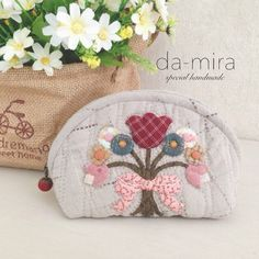 Flowers oval pouch
