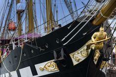 Nave Palinuro - Nave scuola per allievi sottoufficiali della Marina Militare Italiana, nel porto di Imperia