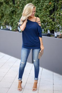 35 Casual Women Spring Outfits With Cardigan and Pant Jeans Spring Outfits Women Casual, Cute Outfits, Casual Wear Women, Womens Fashion Casual Summer, Fall Outfits, Women's Dresses, Spring Dresses, Jamel, Vetement Fashion
