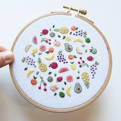 74 отметок «Нравится», 2 комментариев — Cathy Eliot (@cathyeliot) в Instagram: «Tutti Frutti Hoop commission! »