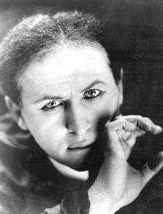 Harry Houdini - CLICK THE IMAGE TO SEE MORE HOUDINI  #houdini