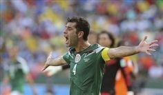 El mexicano Rafa Márquez se declara feliz de volver al Camp Nou del Barcelona
