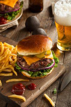 Buy Grass Fed Bison Hamburger by on PhotoDune. Grass Fed Bison Hamburger with Lettuce and Cheese Gourmet Burgers, Burger Menu, Hamburgers, Gula, Food Photography Tips, Food Cravings, Junk Food, Food Styling, Love Food