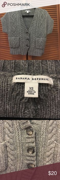 Banana Republic gray sweater XS Short gray sweater from Banana Republic. Size extra small. Body of sweater is 40% alpaca 40% cotton 10% nylon and 10% wool. Banana Republic Sweaters