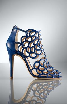 Oscar De La Renta 'Gladia' Cage Sandal #shoes, #women, #pinsland, https://apps.facebook.com/yangutu