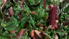Don't throw away those hearty green leaves that top fresh bundles of beets! They have a flavor similar to kale. This simple recipe will will help you make the most of your fresh beets! Beet Leaf Recipes, Beet Green Recipes, Plant Based Recipes, Vegetable Recipes, Vegetarian Recipes, Healthy Recipes, Vegetable Sides, Veggie Dishes, Cooking Beets