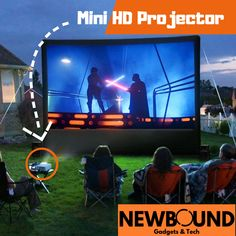 18 DIY Yard Ideas – Backyard projects you can do this weekend! If you're looking for some ways to add a little fun, comfort and functionality to your backyard, check out these inspiring DIY yard ideas. Best Outdoor Movie Projector, Outdoor Movie Screen, Outdoor Cinema, Outdoor Theater, Backyard Movie Theaters, Backyard Movie Nights, Backyard Projects, Cool Diy Projects, Backyard Patio