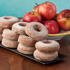 Gluten Free Apple Butter Maple Syrup Donuts, like autumn in Vermont - perfect with a mug of hot cider. Gluten Free Breakfasts, Gluten Free Desserts, Gluten Free Recipes, Donut Recipes, Apple Recipes, Apple Desserts, Brunch Recipes, Dessert Recipes, Apple Cider Donuts