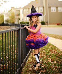 lovely costume! :D