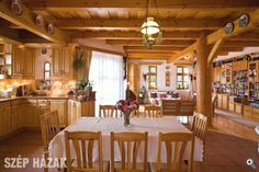 Konyha, ebedlo, nappali Cozy Cottage, Cottage Homes, Oak Frame House, English Kitchens, Lunch Room, Earthship, Sweet Home, Indoor, Interior Design