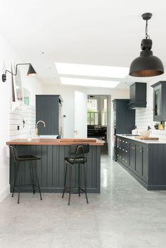 Beauty in a London kitchen... Shaker Style Kitchen Cabinets, Shaker Style Kitchens, Kitchen Cabinet Styles, Shaker Kitchen, Kitchen Cupboards, Ikea Kitchen, Kitchen Flooring, Kitchen Decor, Kitchen Ideas