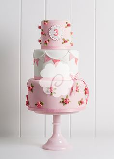 We create beautiful bespoke wedding, celebration cakes, cupcakes & chocolates supplied throughout Yorkshire including Ripon, Harrogate, York and Leeds. Toddler Birthday Cakes, Birthday Cake Girls, Girly Cakes, Fancy Cakes, Pink Cakes, Pretty Cakes, Beautiful Cakes, Cupcakes, Cupcake Cakes