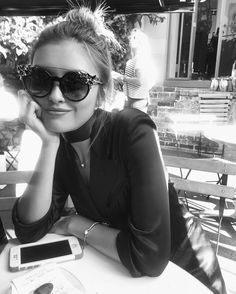 Sarah Ellen Ellen May, Sarah Ellen, Cat Eye Sunglasses, Round Sunglasses, Pretty Girls, Style Icons, Jimmy Choo, Autumn Fashion, My Style