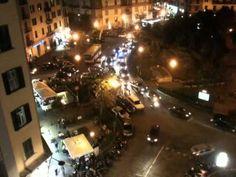 Napoli: auto in seconda e terza fila...e nasce l'ingorgo
