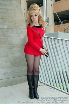 I had tons of fun in this cosplay! It's one of my favourites so far, I liked it so much that I wore it to the theatre every time I saw Star Trek: Into Darkness times.) Photo by Dale L Star Trek Crew, Star Trek 1, Star Trek Ships, Cosplay Outfits, Cosplay Girls, Cosplay Costumes, Star Trek Costumes, Fantasy Costumes, Pantyhose Outfits