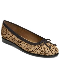 Find this Pin and more on Shoes & Boots. Aerosoles Women's Fashionista  Medium/Wide Flat ...