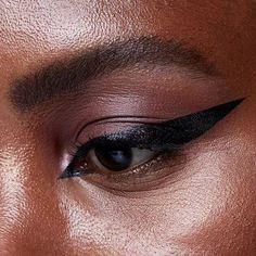 Makeup News, Liquid Liner, Huda Beauty, Easy
