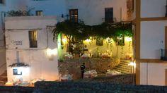 A bar and restaurant in Dalt Vila