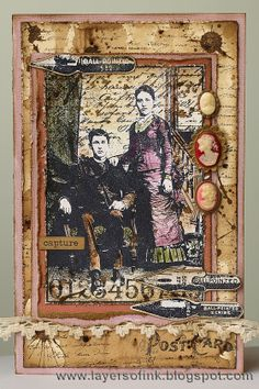 Layers of ink - Vintage Cameo Card, made for Simon Says Stamp Monday Challenge, using Darkroom Door stamps, Tim Holtz kraft-core cardstock and Tsukineko Walnut Ink Crystals.