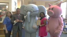 Elephant & Piggie with Readers