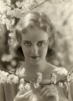 Bette Davis c. 1929 -30