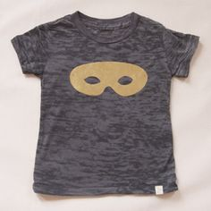 Just found this tee in Japan and am thrilled to know that cute kids clothes ARE available here.