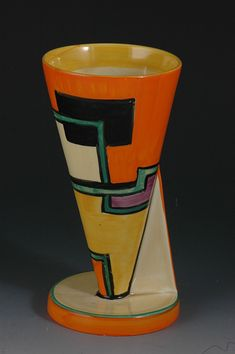 Clarice Cliff, Art Deco Pottery,clarice cliff FOOTBALL YO VASE C.1930