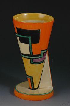 Clarice Cliff, Art Deco Pottery,clarice cliff FOOTBALL YO VASE C.1930